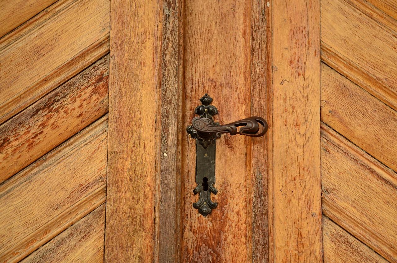 Comment ouvrir sa porte seul ?